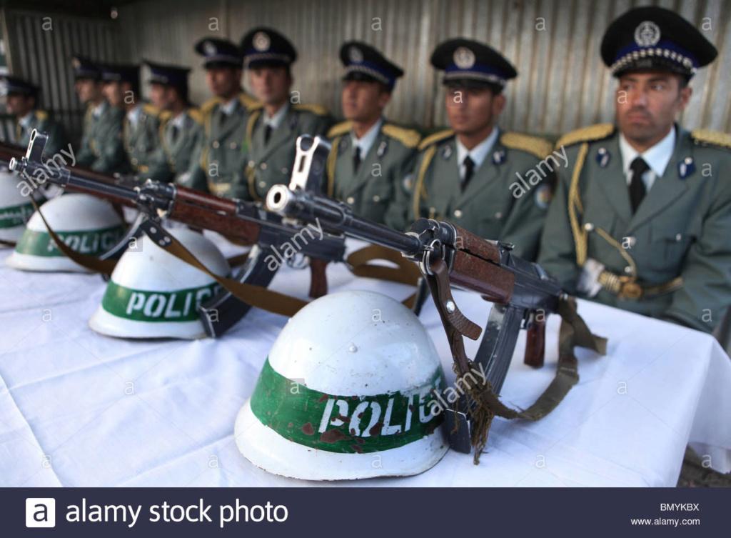 Soviet Helmet used by Afghan police Bmykbx10