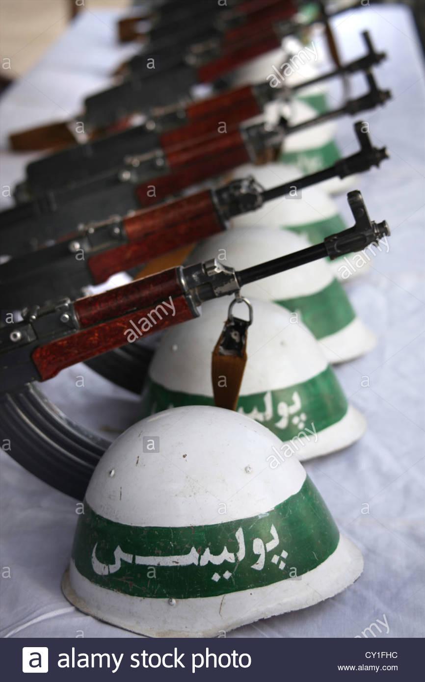 Soviet Helmet used by Afghan police Cy1fhc10