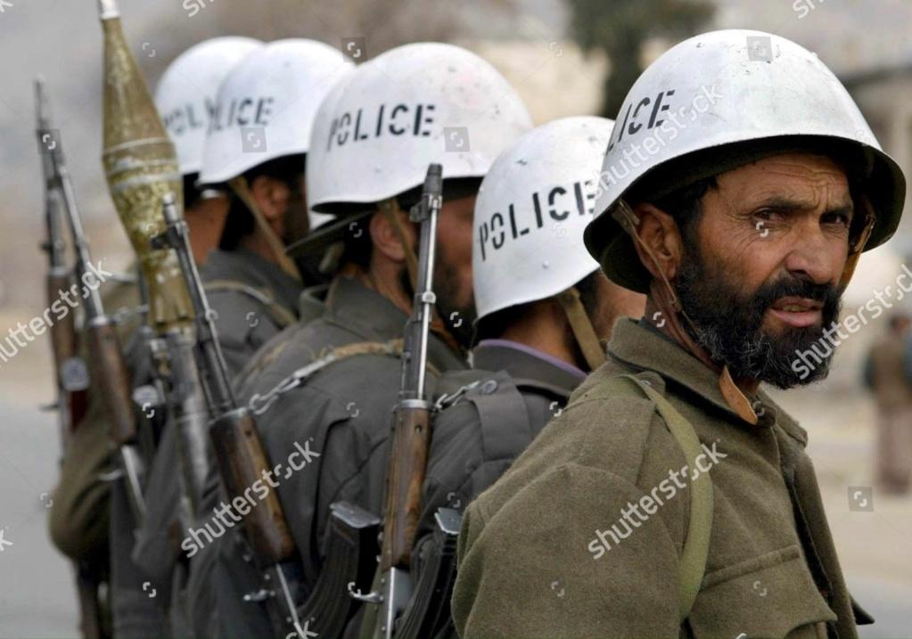 Soviet Helmet used by Afghan police Null-j10
