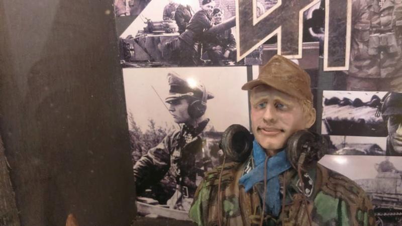 Officier SS Panzer  14925210