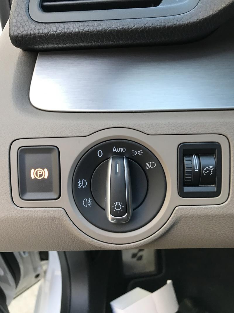 [VDS] Kit chromé de boutons Volkswagen complet (changement prix) Img_7617
