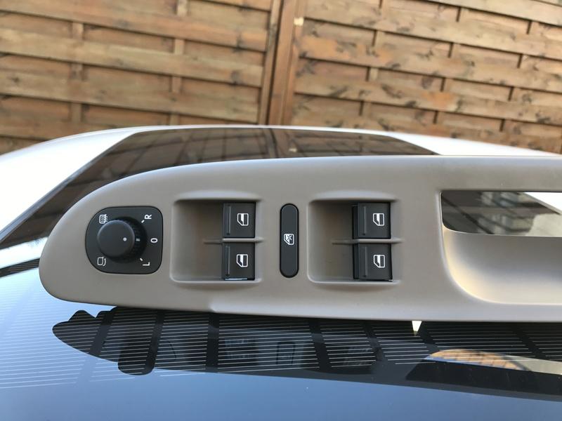 [VDS] Kit chromé de boutons Volkswagen complet (changement prix) Img_7619
