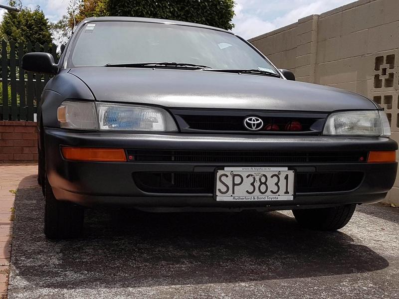 1994 AE101 Maroon/ Black wagon Z10