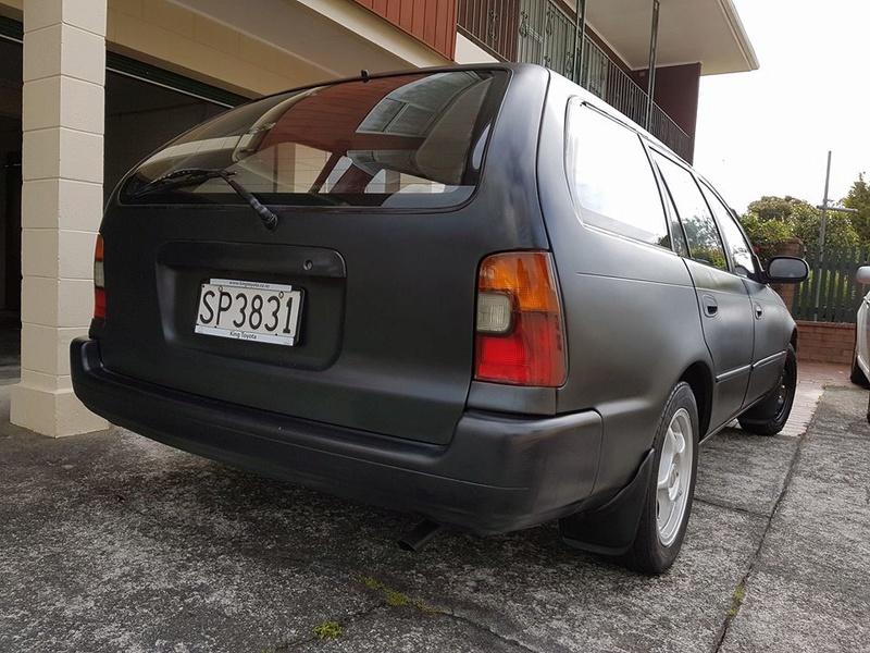 1994 AE101 Maroon/ Black wagon Z110