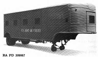 LES VEHICULES DE LA 4th INFANTRY DIVISION : LA REMORQUE 2t FRUEHAUF M17 Oo194311