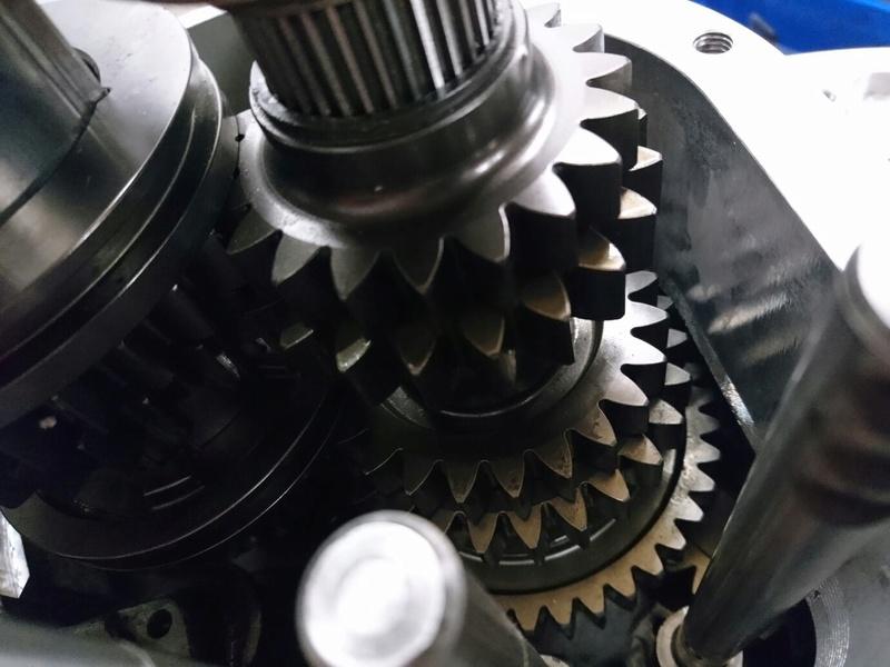 Unbreakable gear box  Img_3810