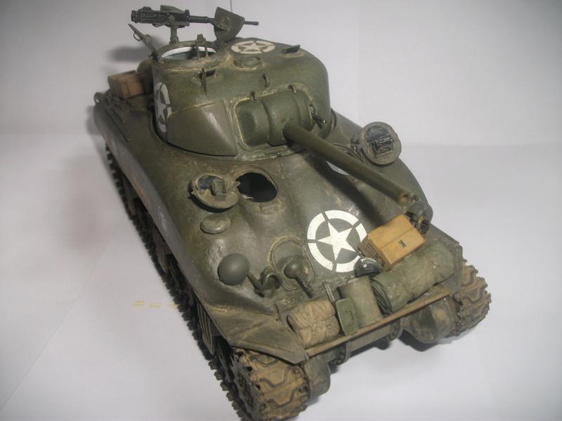 Sherman M4A1 ( 75 ) 2eme DB 1/35 00210