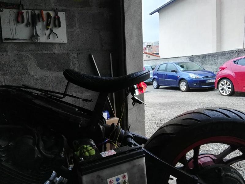 XV 750 SE >> XV 1100 Virago Cafe racer - Page 3 Img_2046