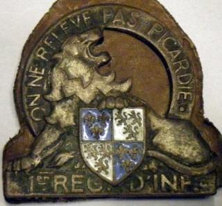 Les insignes d'Infanterie en 1939-1940 01ri10
