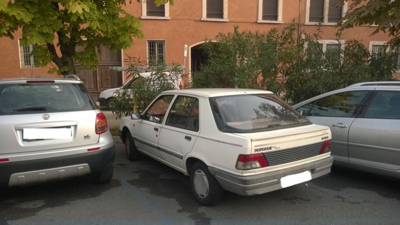 avvistamenti auto storiche - Pagina 2 Peugeo13