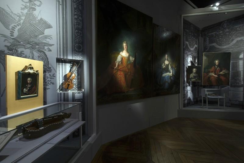 """Exposition à Versailles """"Fêtes et divertissements à la cour. 11364010"""