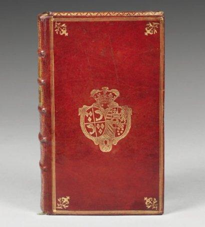 Portefeuilles aux armes de Marie-Antoinette, dauphine. 13110