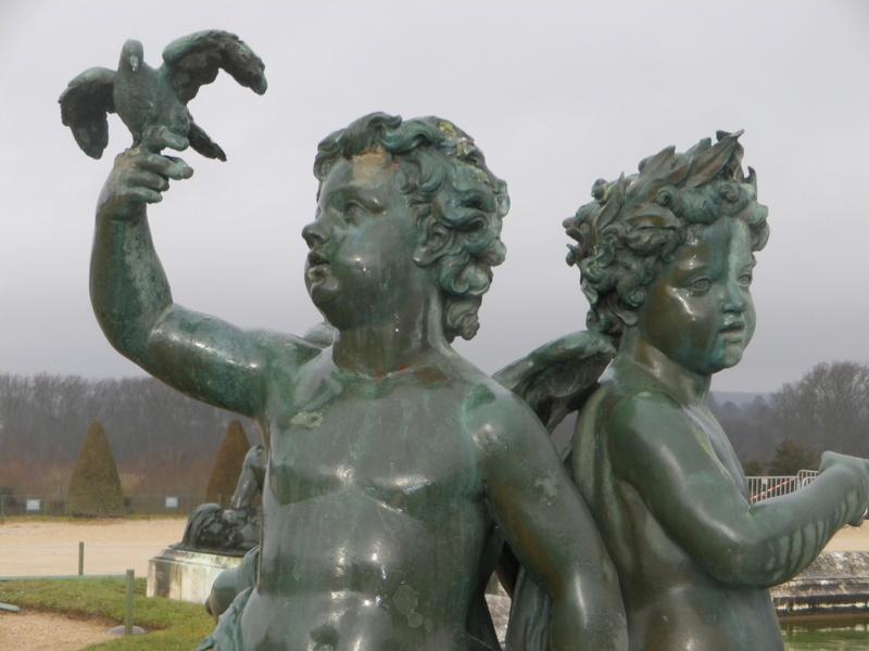 La statuaire dans les jardins de Versailles Imgp5623