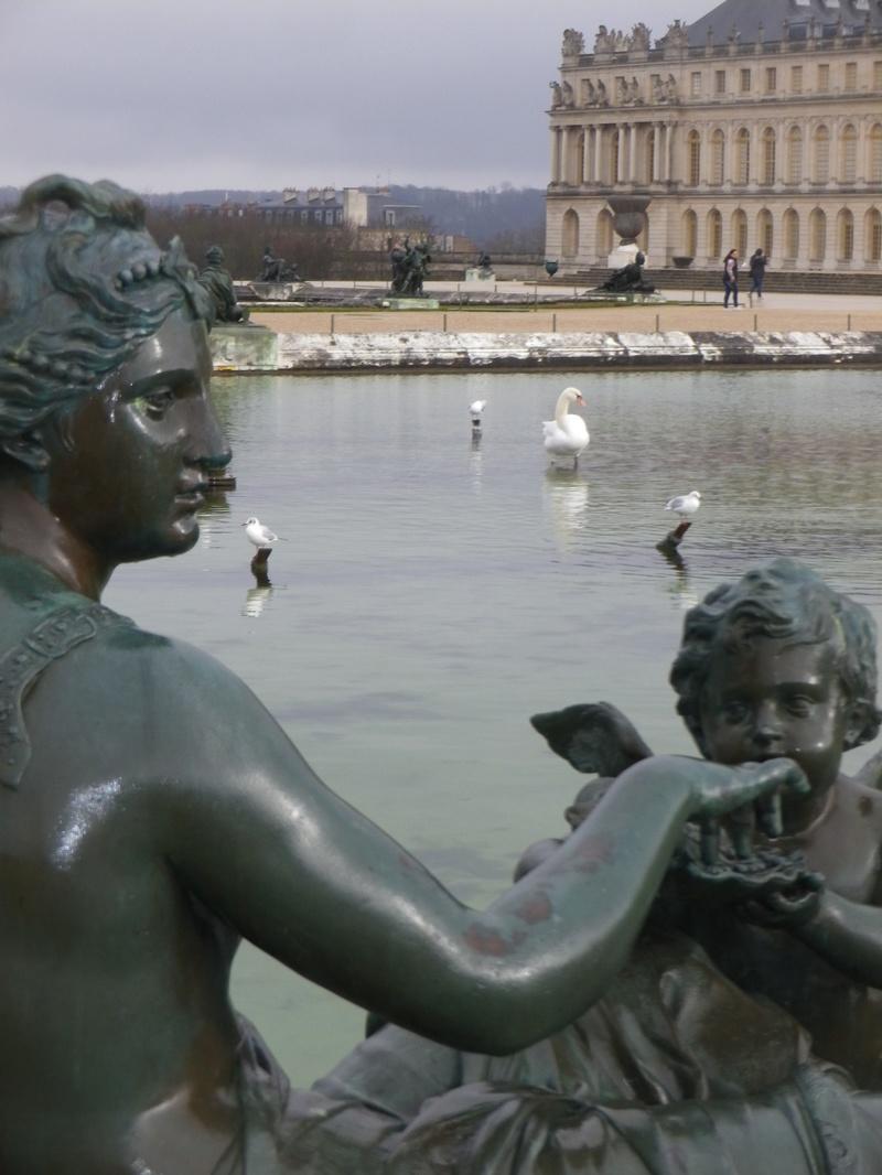 La statuaire dans les jardins de Versailles Imgp5624