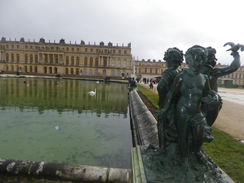 La statuaire dans les jardins de Versailles Imgp5625