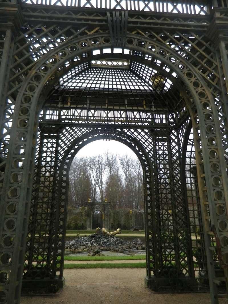 Versailles,   le Bosquet de l'Encelade Imgp5634