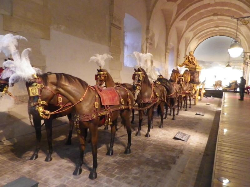 Enfin !   Réouverture de la Galerie des Carrosses à Versailles - Page 3 Imgp5719