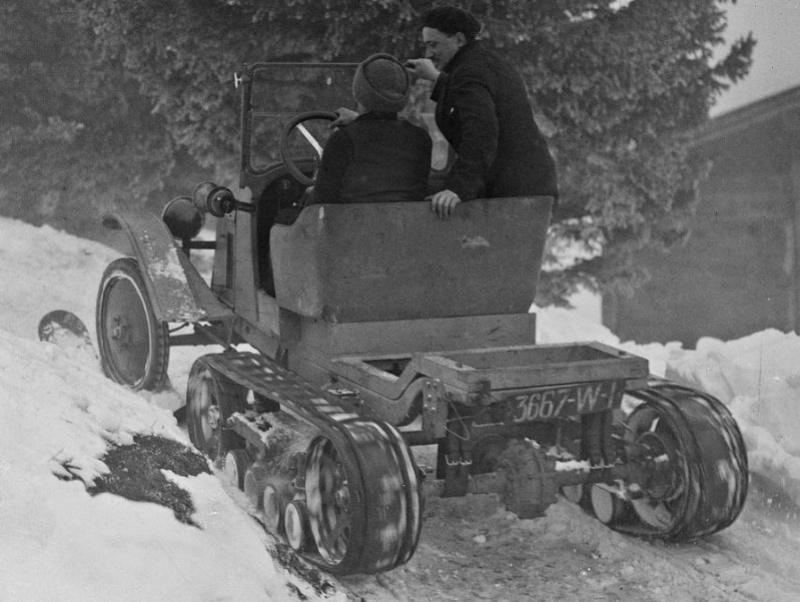 Concours de chars de montagne  au Mont Revard 12106