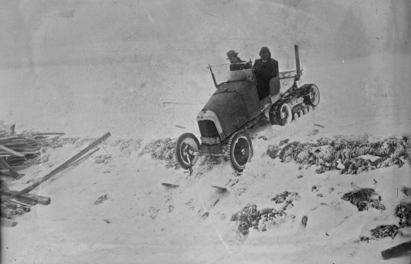 Concours de chars de montagne  au Mont Revard 21103