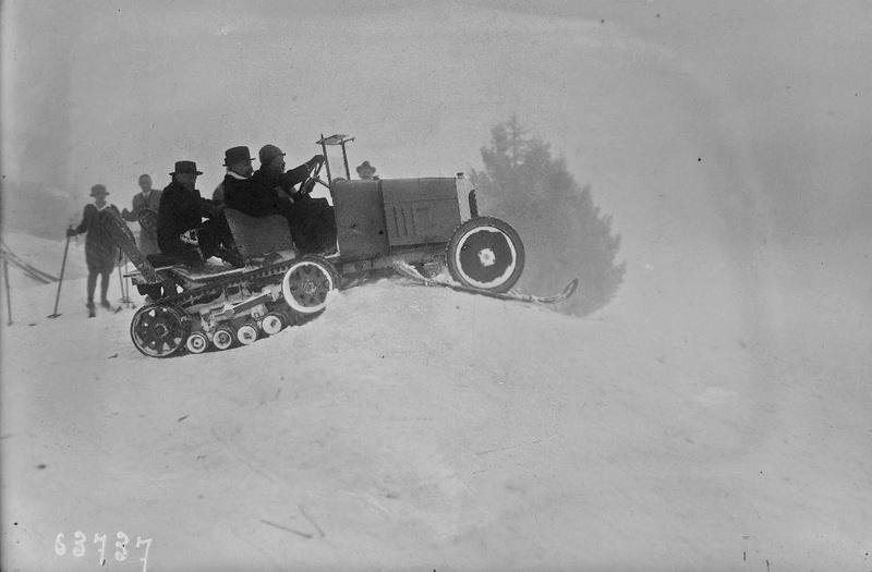 Concours de chars de montagne  au Mont Revard 2371