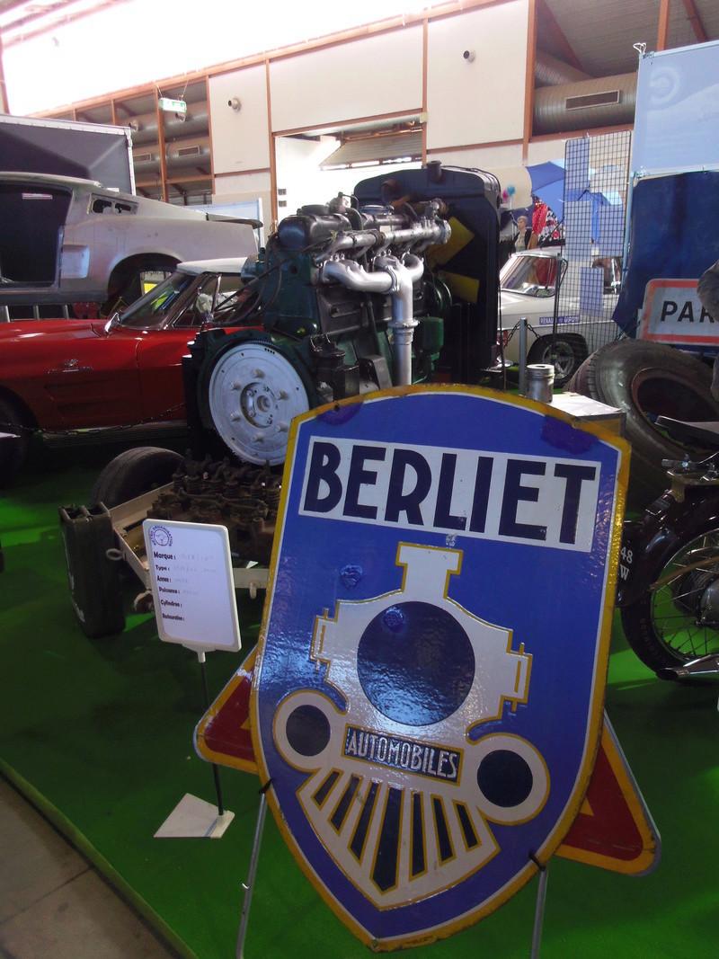 Salon Auto Moto Prestige à Nîmes les 4 et 5 Février 2017 Imgp8025