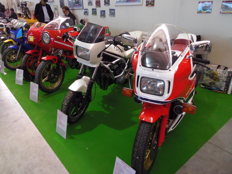 Salon Auto Moto Prestige à Nîmes les 4 et 5 Février 2017 Imgp8103