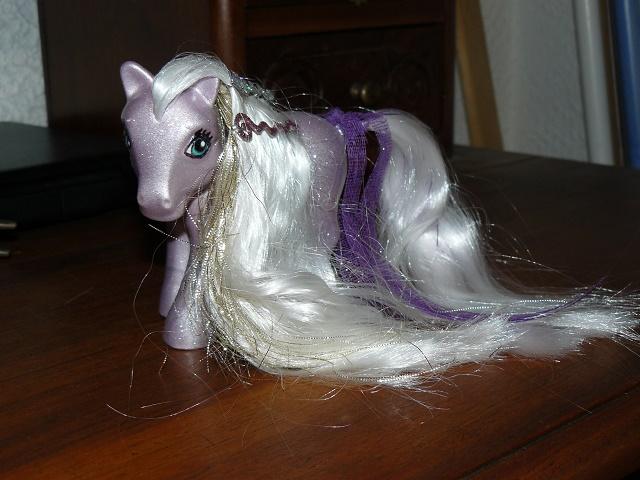 Mes customisations de poneys G1 - Page 3 P1110959