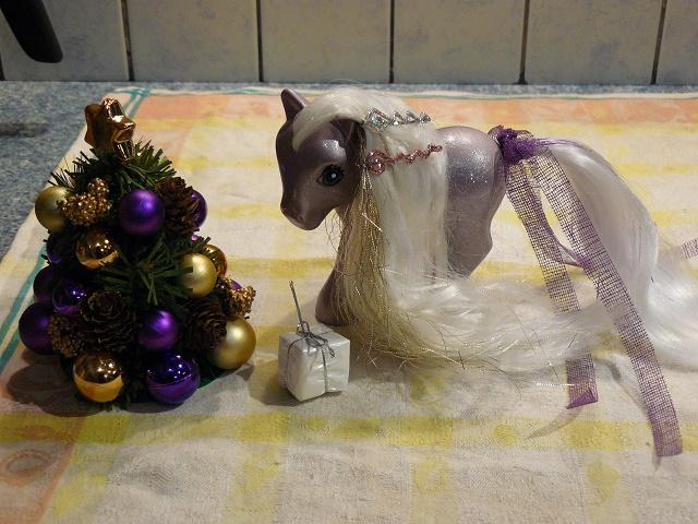 Mes customisations de poneys G1 - Page 3 P1110960