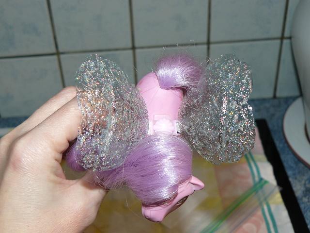 [PHOTOS] Idées d'ailes pour les Flutter Ponies : mes essais ! P1120050