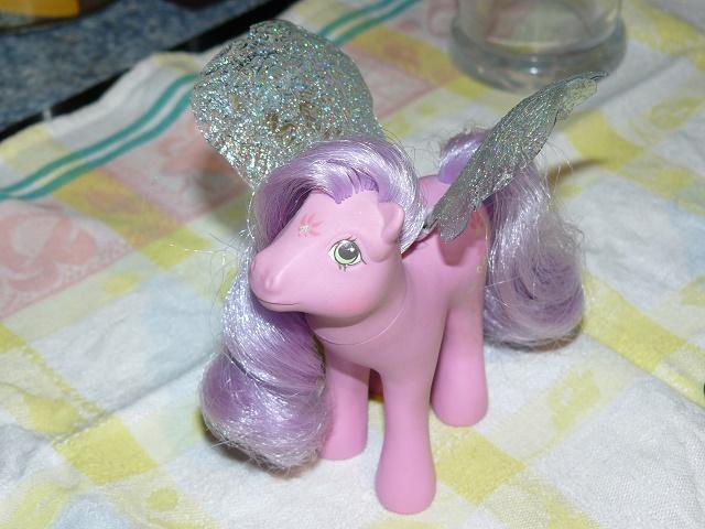 [PHOTOS] Idées d'ailes pour les Flutter Ponies : mes essais ! P1120059