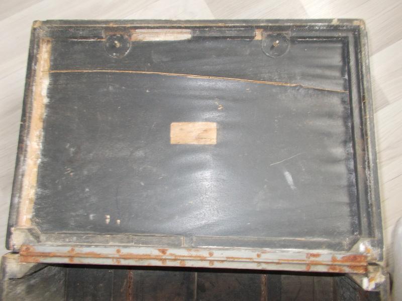 Caisse bois pour pigeon allemand? Dscn0411