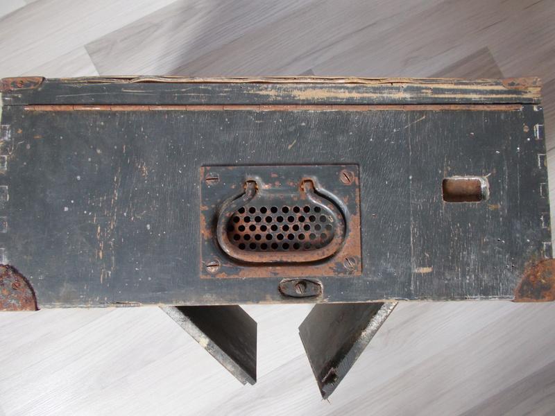 Caisse bois pour pigeon allemand? Dscn0413