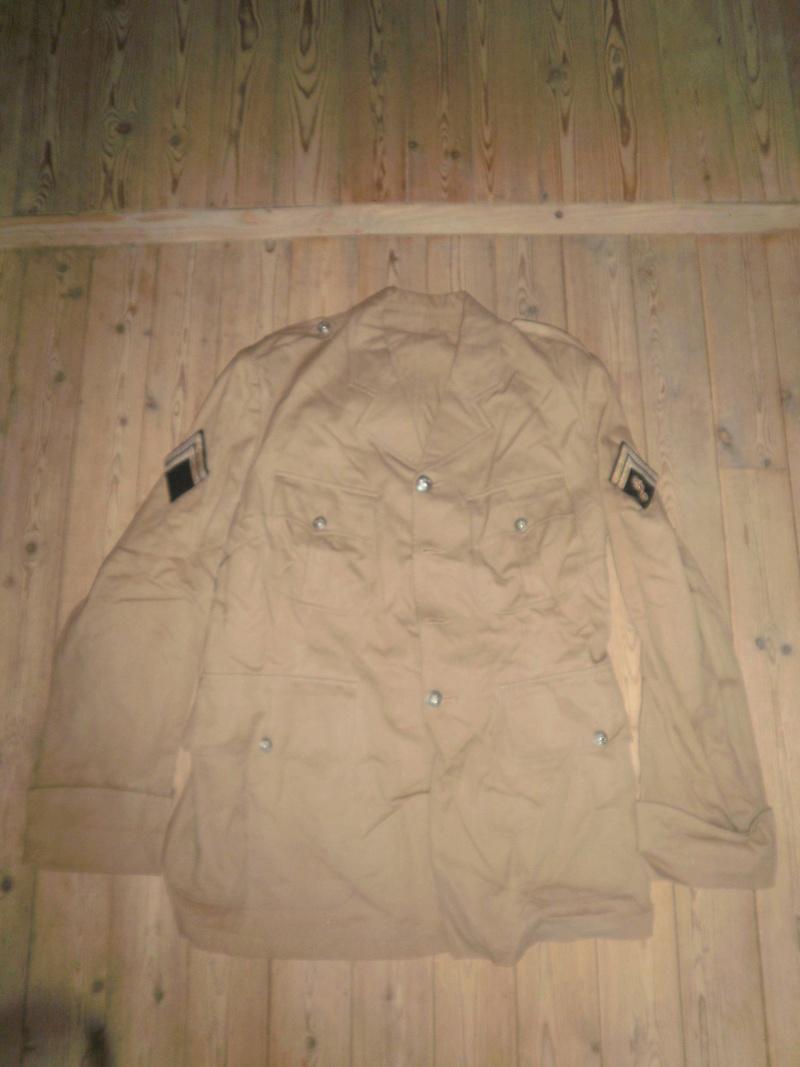 Vestes Gendarmerie différentes époques P6300013