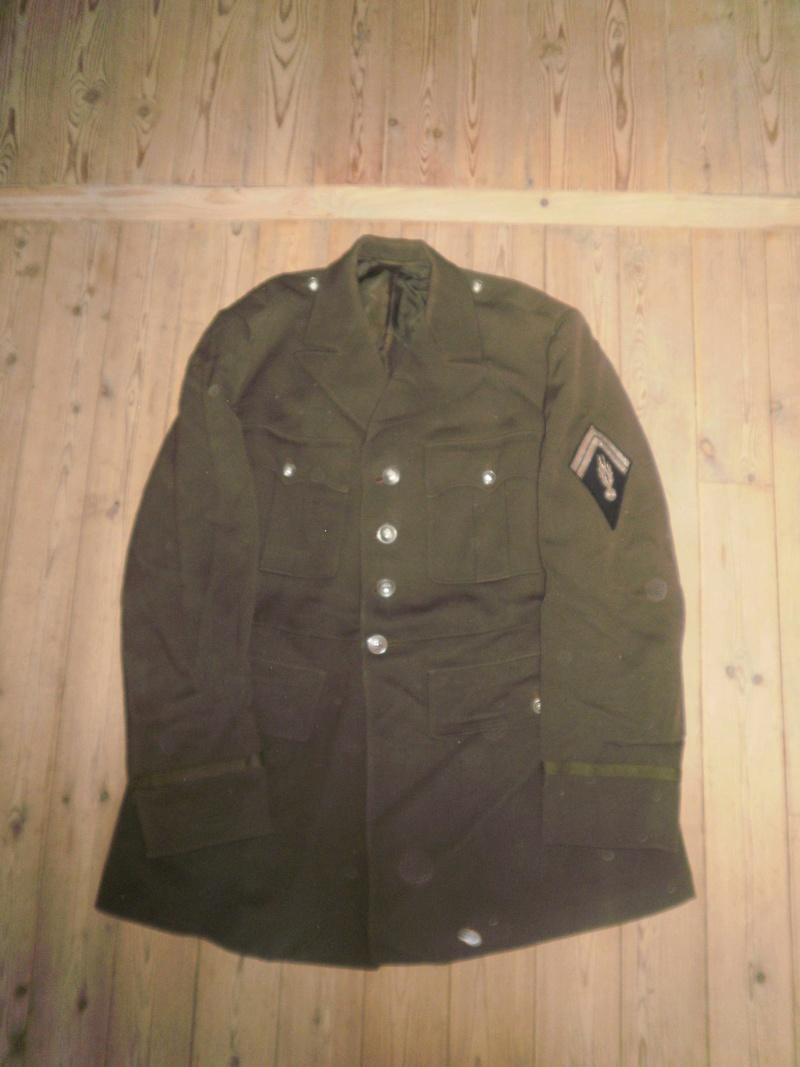 Vestes Gendarmerie différentes époques P6300014