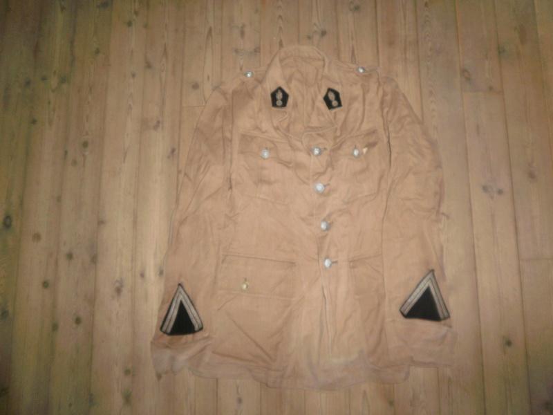 Vestes Gendarmerie différentes époques P6300015