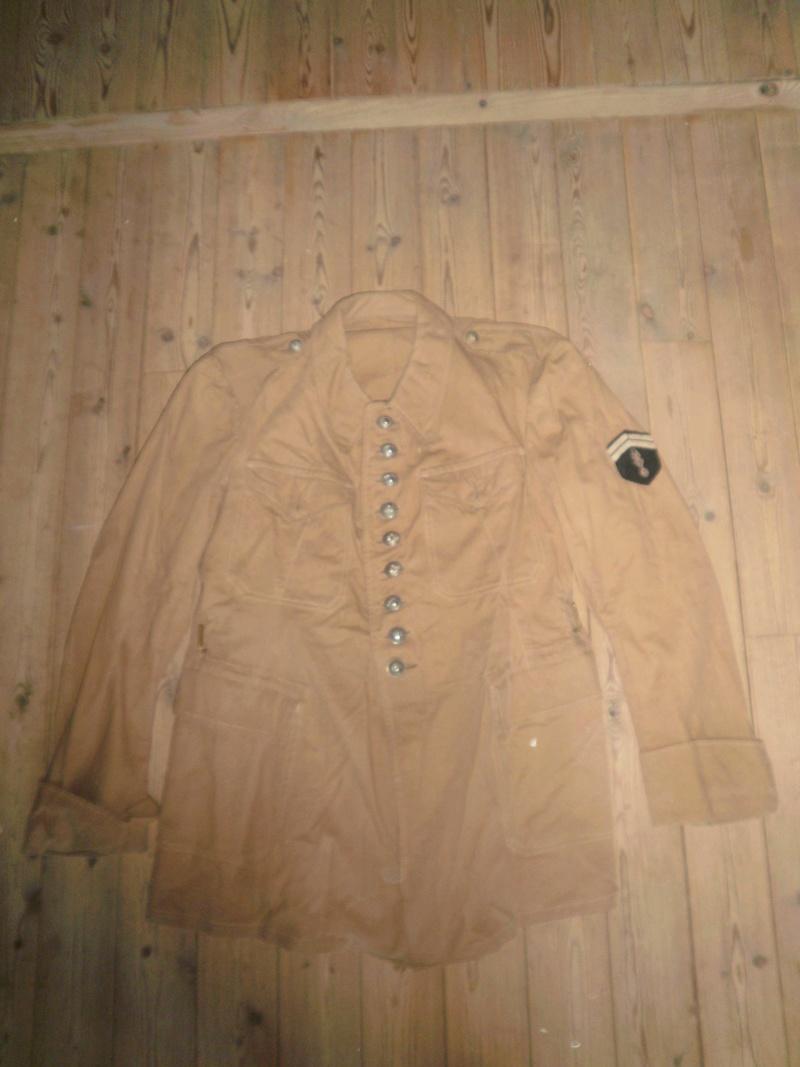 Vestes Gendarmerie différentes époques P6300016