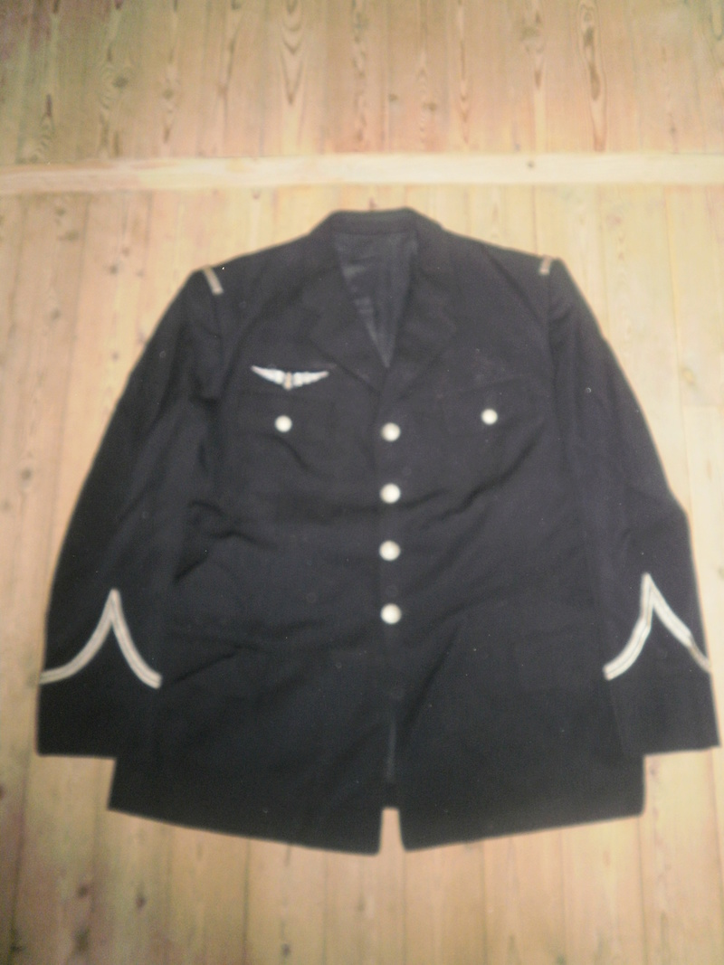 Vestes Gendarmerie différentes époques P6300019