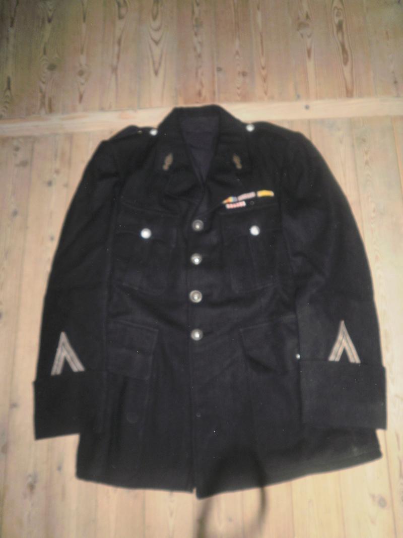 Vestes Gendarmerie différentes époques P6300020