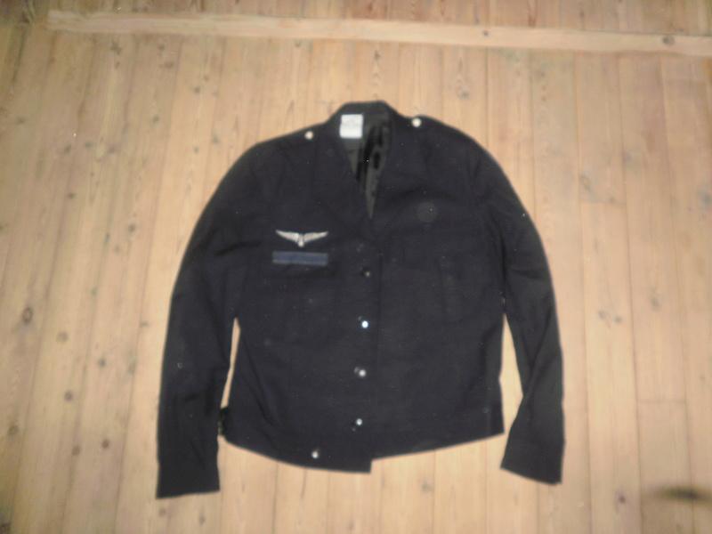 Vestes Gendarmerie différentes époques P6300021