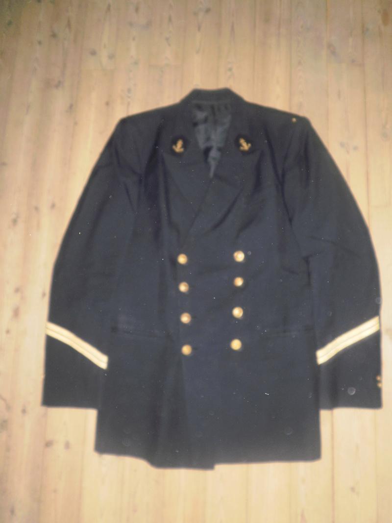 Vestes Gendarmerie différentes époques P6300023