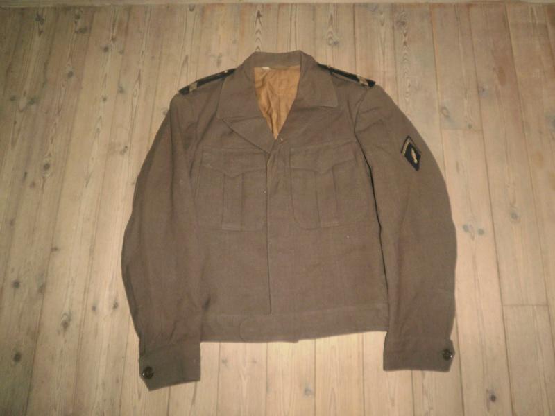 Vestes Gendarmerie différentes époques P7010010