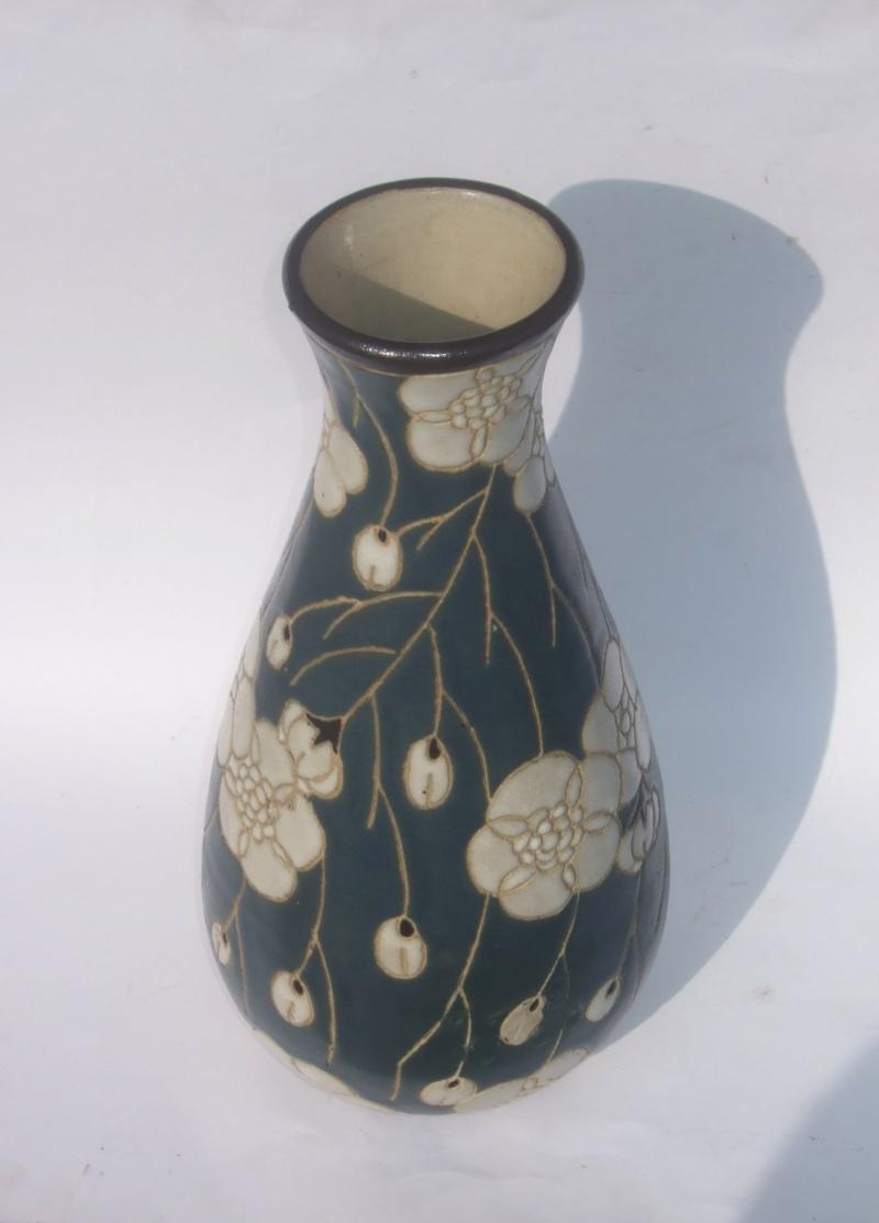 ID for Art Nouveau style incised decoration vase Nou310