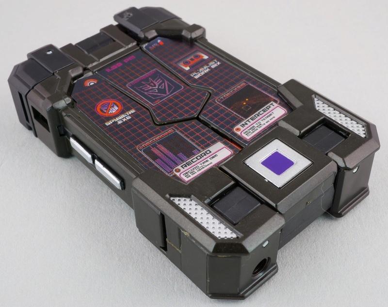 Jouets Transformers Generations: Nouveautés Hasbro - partie 2 - Page 39 015-la10