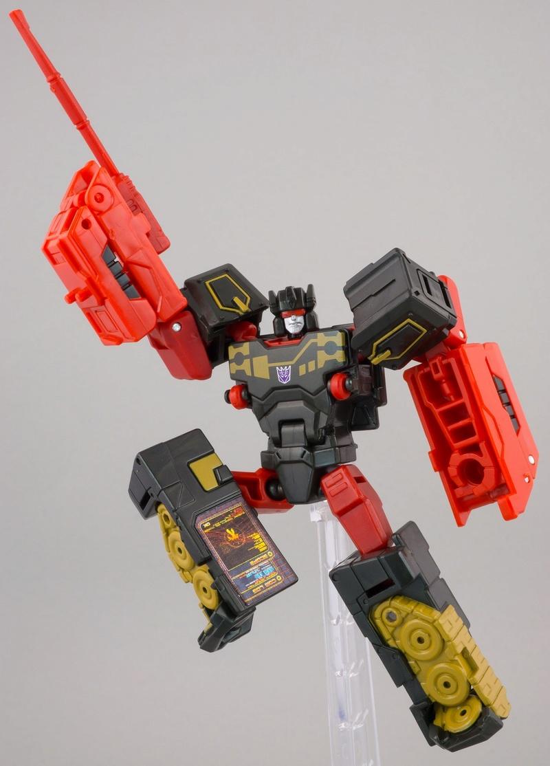 Jouets Transformers Generations: Nouveautés Hasbro - partie 2 - Page 39 096-ru10
