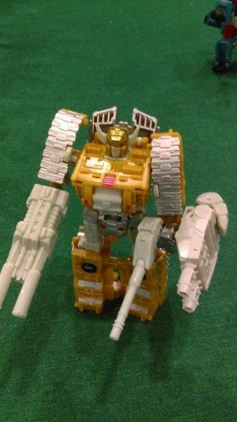 Jouets Transformers Generations: Nouveautés Hasbro - partie 2 - Page 39 Liokai11