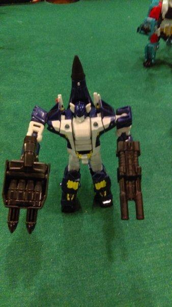 Jouets Transformers Generations: Nouveautés Hasbro - partie 2 - Page 39 Liokai13