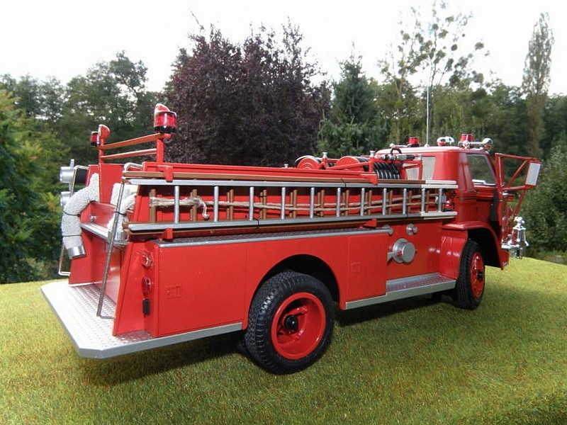 DODGE  L-700 PUMPER  FIRE DEPARTMENT 00910