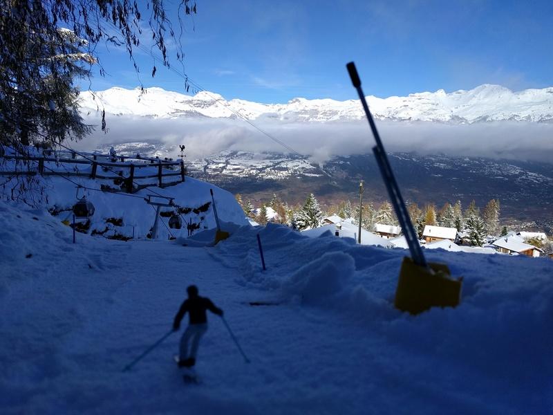 Station de ski miniature en Suisse - Page 3 Img_2012