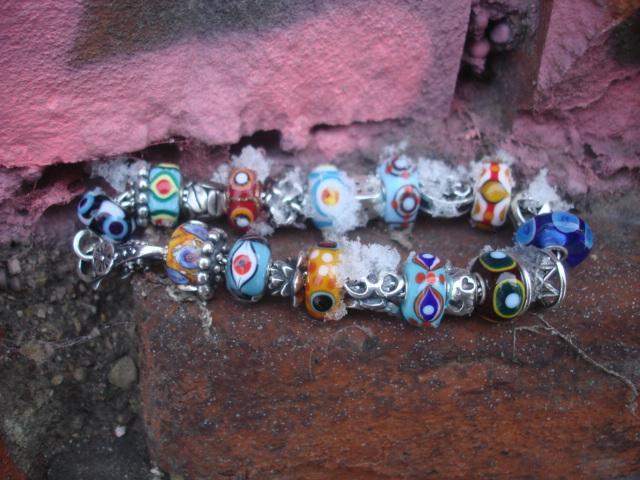 Eye beads - Page 2 Dsc00413