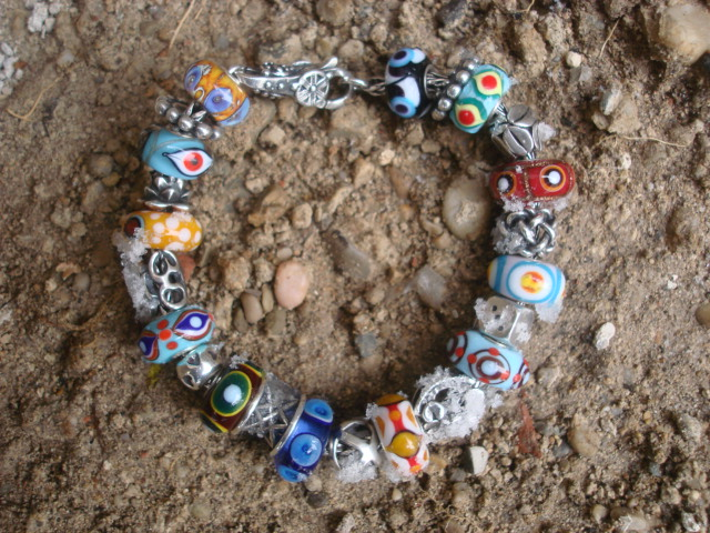 Eye beads - Page 2 Dsc00414